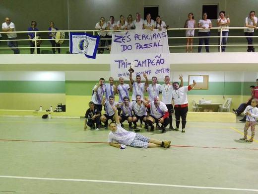 Zés Pereiras de Novo Campeão