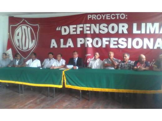 Directiva Defensor Lima a la profesional.