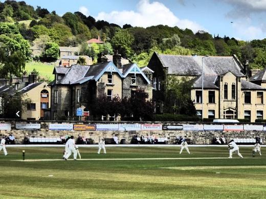 Picturesque Centre Vale