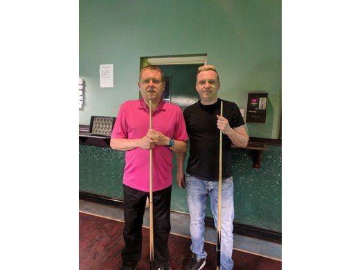 Steven Thompson (Right) - Open Singles Winner 2017-2018