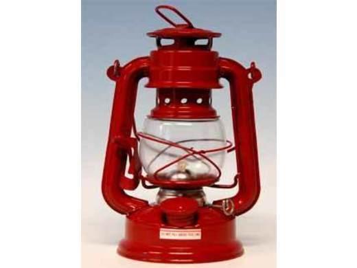 Nieuwe rode lantaarn, podium ongewijzigd