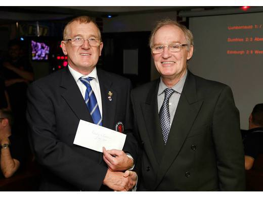 2015 County Championship: Organisers' cheque presented by Leo to Roy