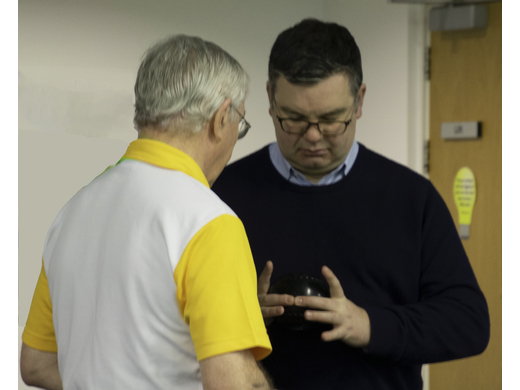 Local MP joins Bletchley Indoor Bowls club