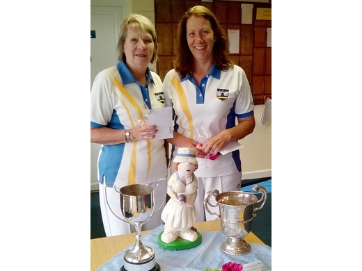 Sue Cridland & Sue Risdon - Ladies Pairs Tournament winners