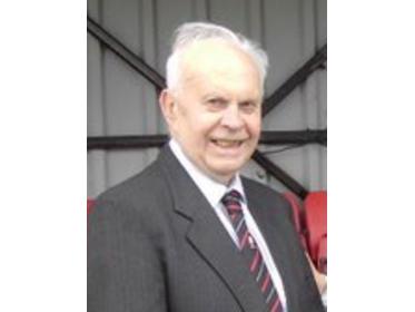 The late Lyndon Groucott