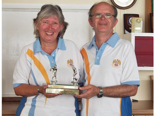Peter & Carol Hyett- Winners Nora Goldsmith trophy