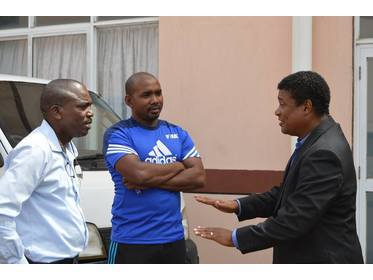 Anton Corneal having a chat with the GFA Technical minds