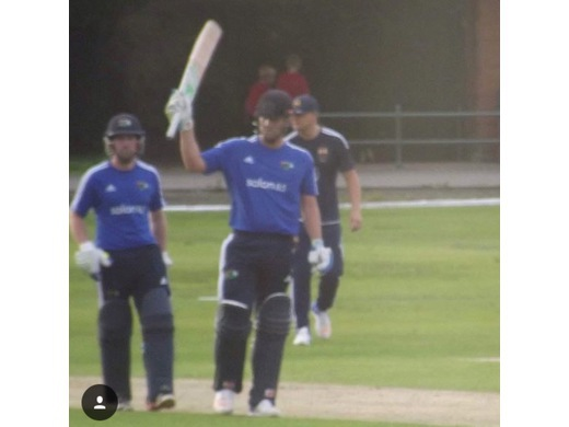 Professional Kelly Smuts on his way to a quick fire 84* off 37 balls vs L'House.