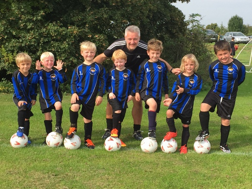 Under 7's in their new kit