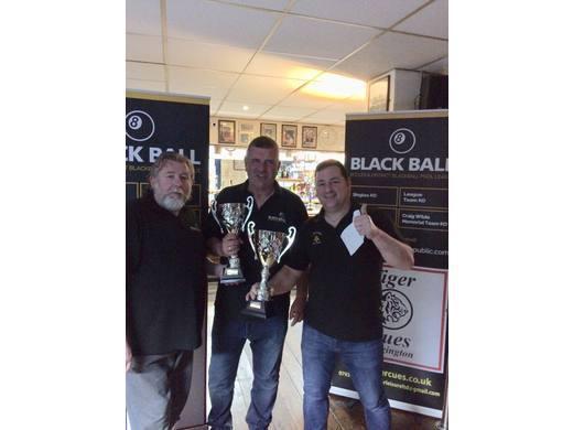 E&DBBPL Round Robin Pairs winners - Nathan Boslem & Paul Taylor