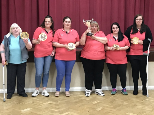 2017/18 LADIES 'PLATE' K.O CUP WINNERS - RIGHT LEG, WRONG SHOE