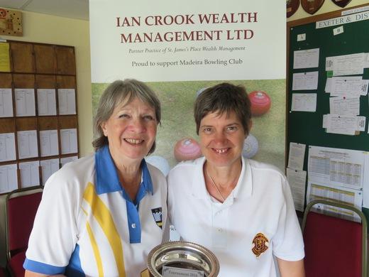 Sue Cridland & Lynne Sandoz - Ladies Singles finalists