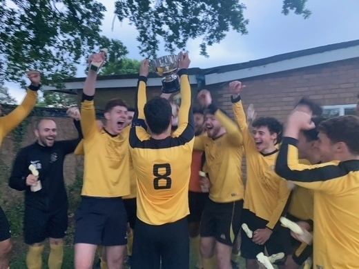 Haroldeans lift the Tony Cohen Cup, 2 out of 2 so far !