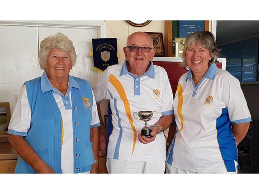 Jubilee Cup Winners - Margaret Mahon, Vic Doidge & Carol Hyatt