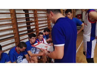 Radnik BN Basket - time out