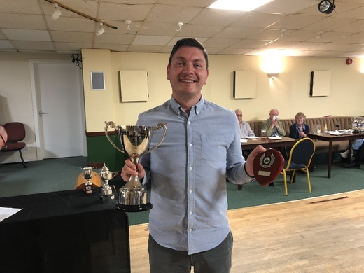 Dean Knight with 6 Reds Trophy