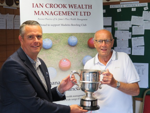 Alan Smith  being presented with the trophy by Club sponsor, Ian Crook